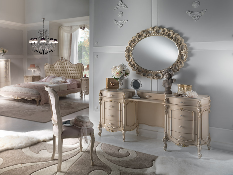 Art. 6047 Toilette 9 cassetti 9-drawer dressing table L 182 P 43 H 80 cm  Art. 6048 Sedia Chair L 48 P 46 H 99 cm  Art. 6043/A Specchiera Mirror L 106 H 86 cm