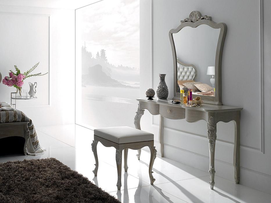 Art. 6117 Toilette 1 cassetto 1-drawer dressing table L 142 P 46 H 83 cm  Art. 6114 Pouf Pouf L 60 P 50 H 54 cm  Art. 6113/A Specchiera Mirror L 96 P 6 H 113 cm